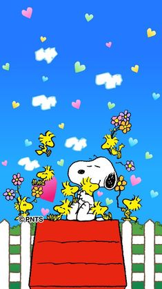 Snoopy, Woodstock, and Friends Sitting On or Flying Around Snoopy's Doghouse With Flowers and Hearts Everywhere Snoopy Love, Snoopy E Woodstock, Charlie Brown Snoopy, Peanuts Snoopy, Peanuts Cartoon, Snoopy Cartoon, Snoopy Images, Snoopy Pictures, Snoopy Wallpaper