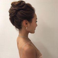 Hair Arrange, Hair Setting, Bridal Updo, Up Styles, Medium Hair Styles, Updos, Wedding Hairstyles, Hair Beauty, How To Make