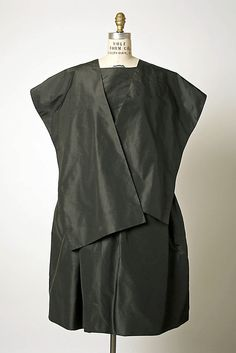 Ensemble, Evening  House of Balenciaga  (French, founded 1937)  Designer: Cristobal Balenciaga (Spanish, 1895–1972) Date: 1959–62