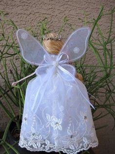 Items similar to Christmas Fairy Tree Topper, White Angel Tree Topper, Christmas Angel Ornament, Handmade Fairy Doll, Handmade Angel Christmas Fairy Ornament on Etsy Christmas Angel Ornaments, Christmas Fairy, Christmas Makes, Felt Christmas, Angel Crafts, Christmas Crafts, Christmas Decorations, Christmas Ideas, Quilled Roses
