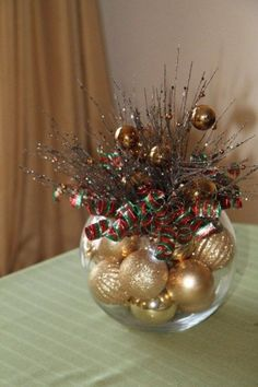 100+ Cheap and Easy Christmas Centerpiece Ideas that you can Make in a Jiff - Hike n Dip Simple Christmas, All Things Christmas, Christmas Holidays, Christmas Ornaments, Christmas Design, Beautiful Christmas, Christmas Bowl, Office Christmas, Etsy Christmas