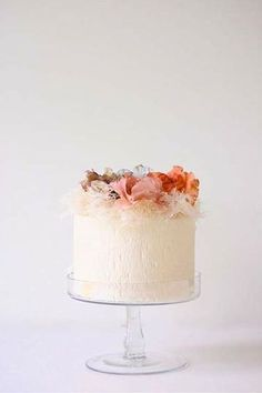 Maggie Austin Wedding Cake, peach sugar flowers