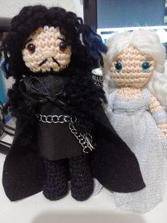 Jon and Daenerys amigurumi