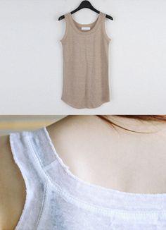 Today's Hot Pick :オーバーロックポイントリネンタンクトップ http://fashionstylep.com/SFSELFAA0016655/coiija/out 伸縮性のあるリネン素材を使ったタンクトップシャツです。 クール&ソフトな素材使用で着心地が抜群のアイテム☆ ネックラインと袖のオーバロック縫いがさり気ないワンポイントに♪ サマーシーズンのカジュアルコーデに欠かせないベーシックタンクトップ!