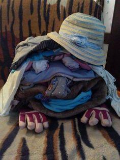 Monstrulet exterminat cu PhilipsPerfectCare Viva Laundry, Clothes, Decor, Laundry Room, Outfits, Clothing, Decoration, Kleding, Outfit Posts