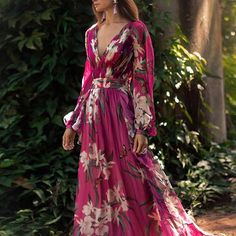 Bohemian Floral Printed V Neck Pleated Dress Floral Print Maxi Dress, Chiffon Maxi Dress, Maxi Dress With Sleeves, The Dress, Pleated Maxi, Print Chiffon, Casual Dresses, Summer Dresses, Dress Outfits