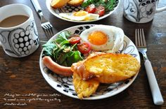 今回のテーマは、ワンプレートご飯レシピ! ワンプレートなら...|MERY [メリー] Breakfast Menu, Breakfast Time, Cafe Food, Food Menu, Bento Recipes, Healthy Recipes, Good Food, Yummy Food, Food Gallery