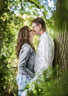 www.vierliefd.nl liefde fotografie Kockengen Harmelen bos loveshoot buiten verliefd lovebirds Fotograaf: Jerny van Ginderen - Seeleman