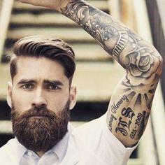 ¿Qué tal lucir una #barba y #melena así? Créenos, es posible con los productos de cuidado y crecimiento del capitanbarbas.com, conócelos!