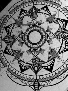 Black mandala by drawingsbylenna23