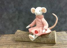 Rosie Mouse plush pattern PDF