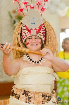 Taupou traditional samoa dance