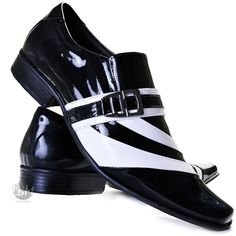 Sapato Social Couro Envernizado Masculino Stilo Italiano - R$ 159,90 Jay Shoes, Men S Shoes, Sneaker Boots, Mens Fashion Wear, Fashion Shoes, Dress With Boots, Dress Shoes, Tuxedo Shoes, Business Casual Shoes