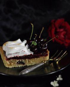 Amarena Kirsch Tarte 🍒🍒🍒 Neu auf MaLu's Köstlichkeiten #newblogpost #yummy #summer #baking #cherry #patisserie