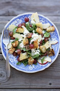 Farm Salad with Creamy Goat Cheese, Grapes, Apples, Homemade Croutons & Apple Cider Vinaigrette - Marshalls Abroad