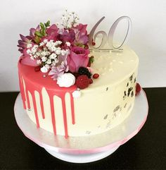 Pretty Cakes, Beautiful Cakes, Drip Cake Recipes, Cake Albums, Fresh Cake, Cake Fillings, Just Cakes, Floral Cake, Cake Decorating Tips