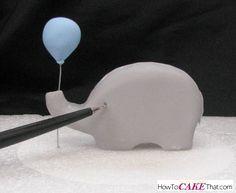 Elephant and Balloon Fondant Topper Baby Elephant Cake, Elephant Cake Toppers, Elephant Cupcakes, Elephant Baby Showers, Cake Topper Tutorial, Fondant Tutorial, Fondant Baby, Fondant Cakes, Fondant Rose