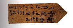 Etiqueta de momia en demótico-hierático.