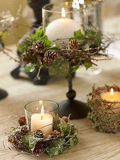 Veladores con vasos, hojas y ramas secas de pino. Contacto l http://nestorcarrarasrl.wordpress.com/contactenos/ Néstor P. Carrara S.R.L l ¡En su 35° aniversario!
