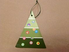 Love the Christmas tree ornament!  Cute for grandparents at Christmas.  Or to stick in a Christmas Card. Libraryland: Toddler Crafts