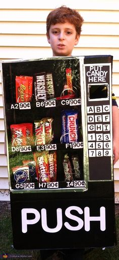 Vending Machine Costume - 2013 Halloween Costume Contest via @costumeworks