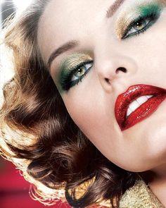 # Make-up # Hochzeits Make-up # Braut Make-up # Maskenbildner # Make-up Studio # Schönheitssalons # ha … - Christmas Deesserts Milla Jovovich, Gold Eye Makeup, Dramatic Makeup, Hair Makeup, Dramatic Eyes, Makeup Geek, Maquillage Halloween, Halloween Makeup, Bridal Makeup