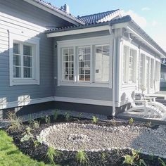 House Paint Exterior, Wooden House, House Goals, Home Fashion, House Painting, Home Remodeling, Beautiful Homes, Sweet Home, Villa