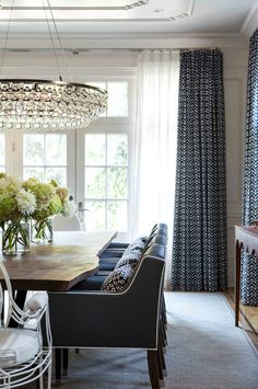 Traditional dining room with lots of navy accents / jennifer worts design inc… Dining Room Curtains, Dining Rooms, Ceiling Curtains, Dining Table, Wood Table, Dining Area, Live Edge Furniture, Dining Room Inspiration, Design Inspiration