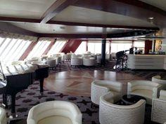 Observation Lounge,  Regent Seven Seas Voyager  (Image Copyright © Regent Seven Seas Cruises)
