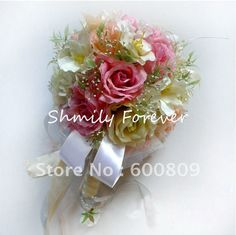 Knowing the average cost of wedding flowers average cost of wedding wedding bouquets silk flowers mightylinksfo Images
