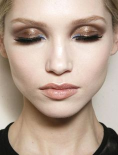 Gold metallic smokeyeye #makeupwith a hint of blue with nude neutral lips | AtelierVersace Spring Summer 2014 Couture #lipstick