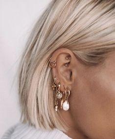 Silver Sparkle Ear Jackets- ear jacket earrings/ silver ear jacket/ front back earrings/ modern earrings/ glam earrings/ gifts for her/ edgy - Fine Jewelry Ideas Ohrknorpel Piercing, Bijoux Piercing Septum, Ear Piercings Cartilage, Cute Cartilage Earrings, Cartilage Hoop, Pretty Ear Piercings, Ear Peircings, Unique Piercings, Ear Piercings Industrial