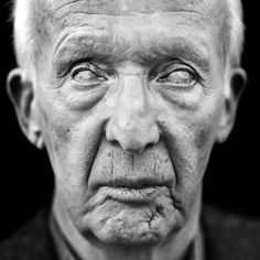 The Eyes of War : Martin Roemers - Photographer: Martin Roemers The Eyes of War : The blind victims of the Second World War Monochrome Photography, Best Model, Lee Jeffries, Viera, World War Two, Human Body, Cool Pictures, Two By Two, Artsy