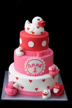 Little Duckies Cake - just found the next birthday cake for Little Miss!