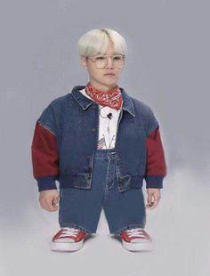 Blackpink and BTS memes because i'm bored 😀 Suga Wallpaper, Bts Face, Min Yoonji, Pokerface, Bts Meme Faces, Funny Faces, Bts Memes Hilarious, Bts Reactions, Bts Lockscreen