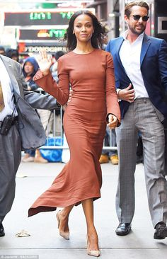 The 38-year-old actress looked gorgeous in a chestnut-colored number as she arrived for a Good Morning America interview in New York City on Wednesday.