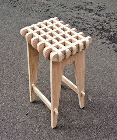 Plywood Chic - Waffle Stool by Jacob Álvarez, via Behance Plywood Furniture, Furniture Projects, Cool Furniture, Wood Projects, Furniture Design, Furniture Market, Custom Furniture, Furniture Plans, Office Furniture