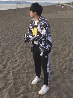 2018.7.22 Instagram ↪︎ sora_tonikku Twitter ↪︎skyb