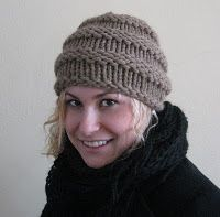 Free easy knitting pattern. I might wear this cute hat!