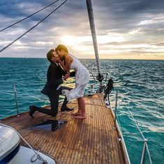 Gorgeous proposal - on a boat at sunset