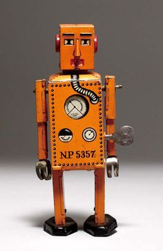 """Zenbu 74-Go."" World's first tin robot from Japan, circa 1935!"