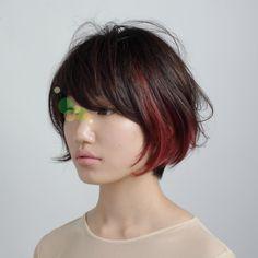 SIDE BURNが提案する「SUPER HAIR CATALOG No.21」。色気の宿るひとりひとりの個性を提案していきます。