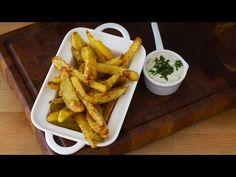 Cartofi crocanți la cuptor - YouTube Chicken Recepies, Facebook Recipe, Chicken Wings, Side Dishes, Cooking Recipes, Easy Recipes, Food And Drink, Easy Meals, Vegan