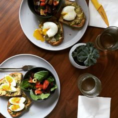 Light brunch: Avocado toast with small salad