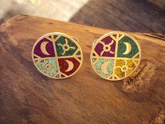TALLER DE ORFEBRERÌA Collars, Stencils, Diy And Crafts, Enamel, Jewelry Design, Antiques, Tiffany, Ideas, Silver Hoops