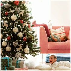 Best 10 Adorable Christmas Kids Room Decorations : Adorable Christmas Tree Decoration with DIY Deer Shaped Ornaments for Kids Christmas Room...