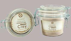 Alassala Marokkaanse Rhassoul Klei voor Gezicht, Lichaam & Haar is een 100% superieure natuurlijke ontgifter, reinigingsmiddel en verzachter. Het vermindert droogheid en schilfering, verbetert de helderheid van de huid, verbetert de elasticiteit en stevigheid van de huid, verbetert de huidstructuur, verwijdert vetten in en om mee-eters, verwijdert dode huidlagen, verjongt, verzacht en elimineert kroezen en geeft bescherming en glans. www.delissebloem.be