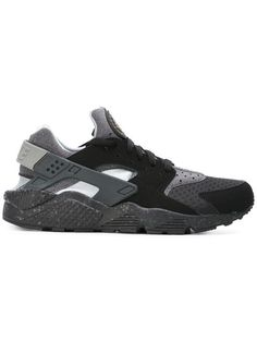 premium selection 1a73b b81a0 NIKE Huarache Run Mid-Cut. nike shoes mid-