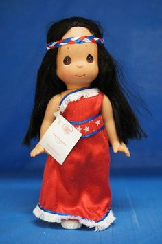 Pocahontas 2014 Freedom Doll Precious Moments Disney 5839 NOT Signed Precious Moments Wedding, Disney Precious Moments, Precious Moments Figurines, Disney Pocahontas, Disney Princesses, Disney Home, Disney Parks, Sewing Clothes, Doll Clothes