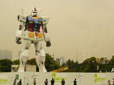 Gigantic Gundam Statue in Japan
